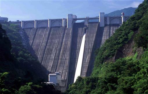 浦山ダム写真